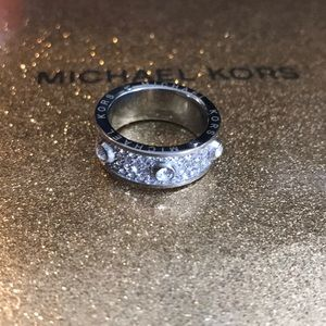 Michael Kors ring silver New! Size 6.5